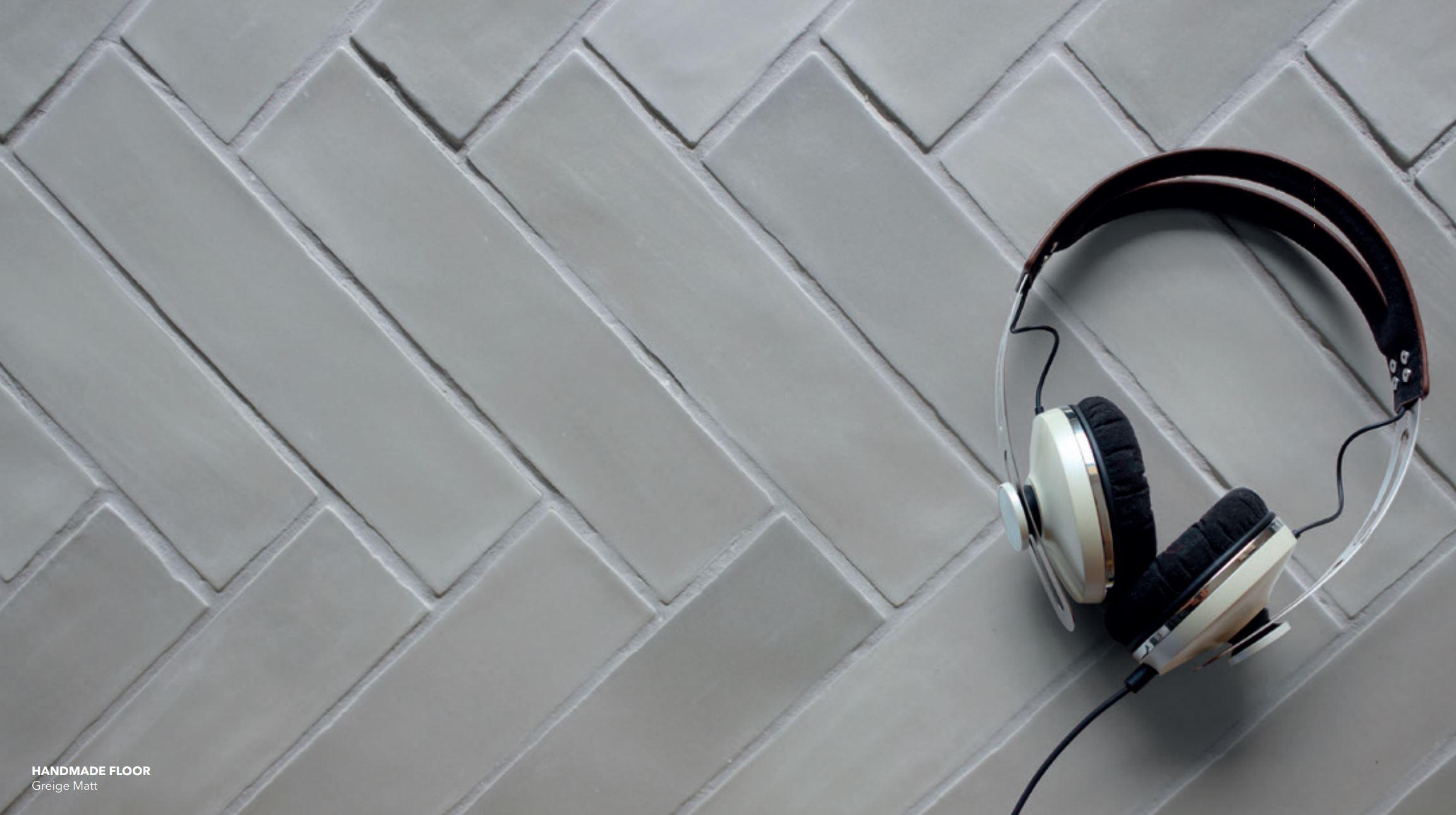 Briques Handmade Floor Tile Greige Matte