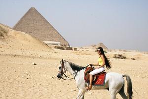 Demi Mann Horse Riding in Cairo, EGYPT