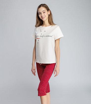Пижама женская (фуфайка и капри)