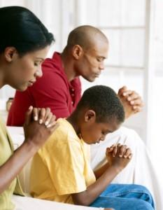 praying-233x300