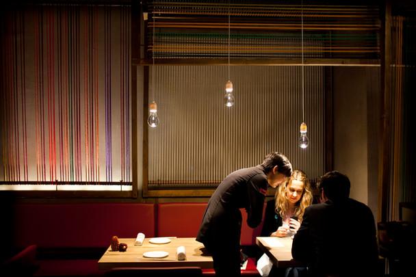 Olé: Incredible Bulb im neuen Restaurant der Adrià Brüder