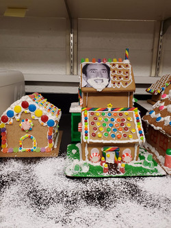 Gingerbread houses4