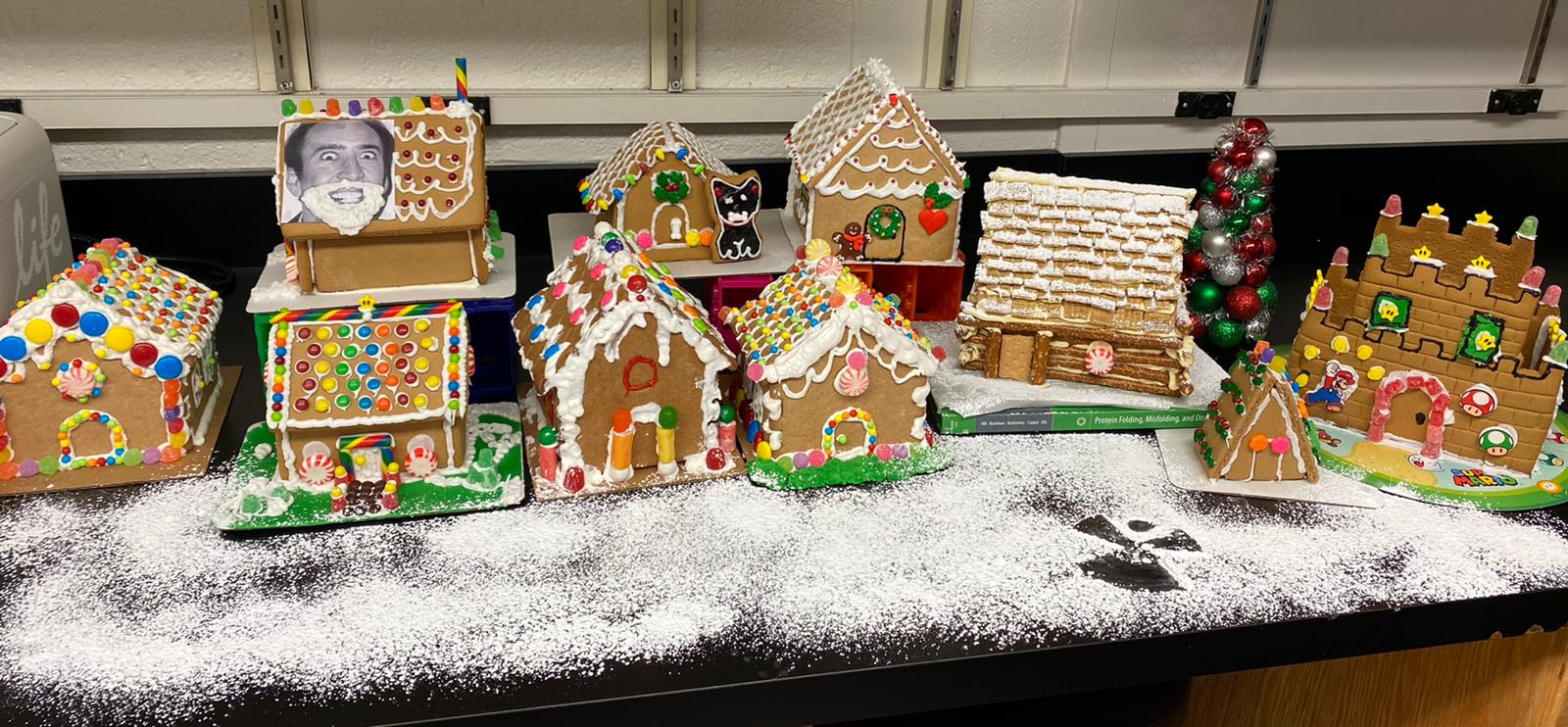 Gingerbread Houses2