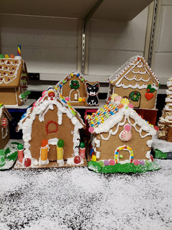 Gingerbread Houses5