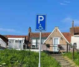 Gehandicapten parking.JPG