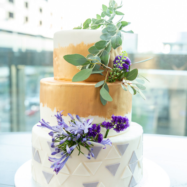 Mandy Penn Photography- Wedding Cake