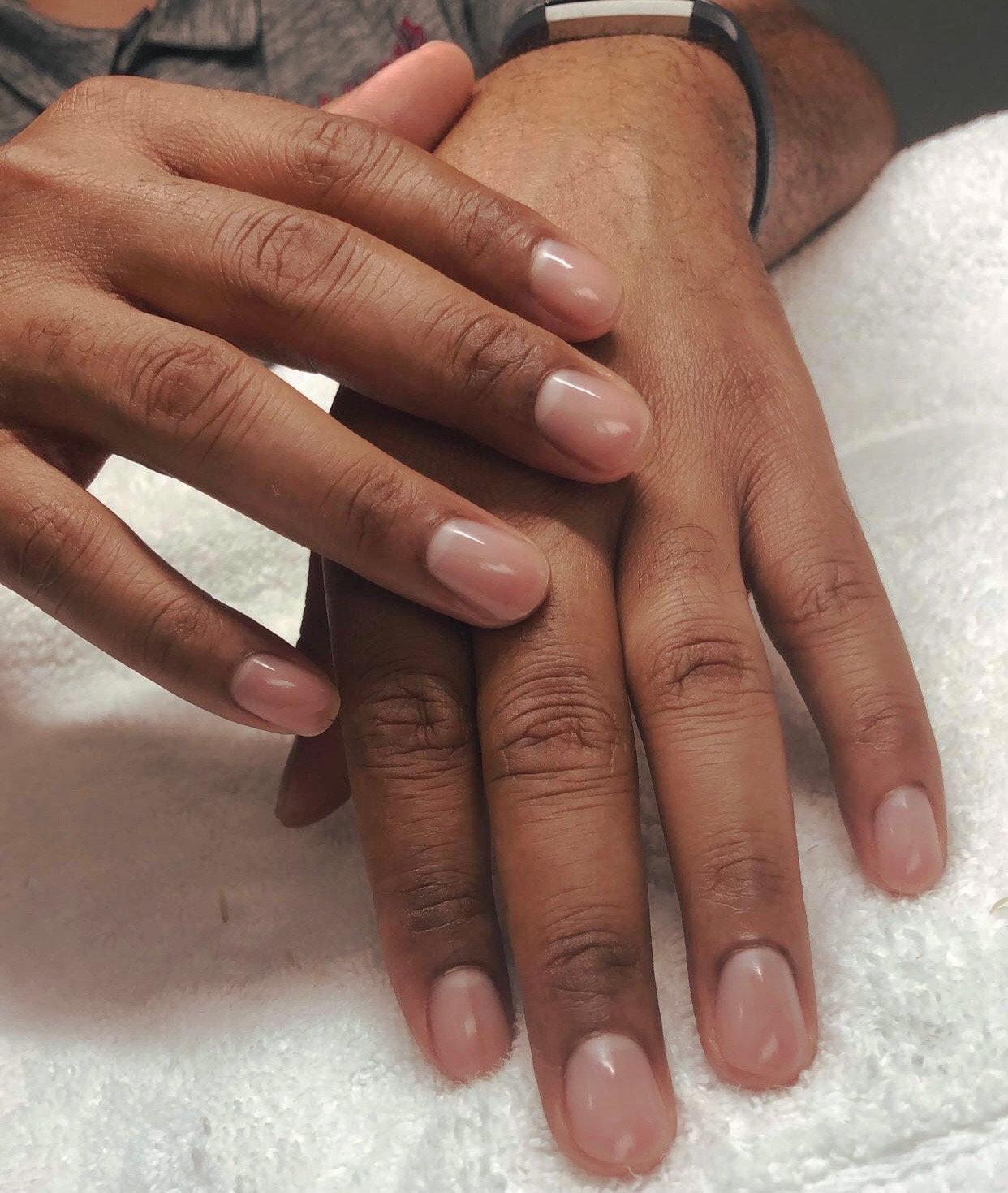 Gentlemen's manicure & pedicure
