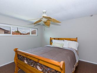 005_Bedroom.jpg
