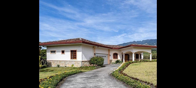 EL SALTO HOME