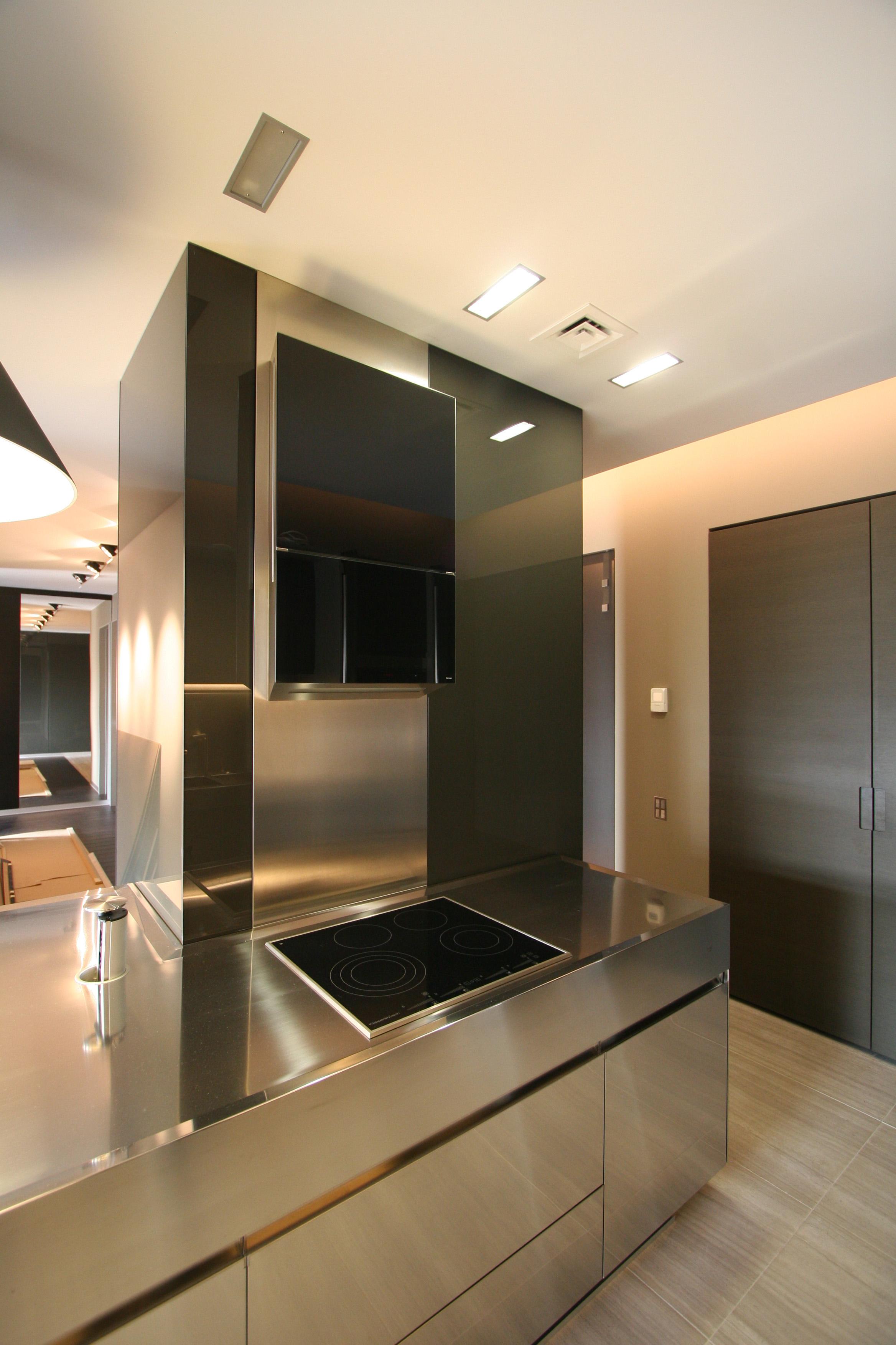 Кухня варочная панель и вытяжка