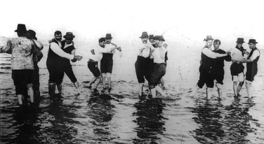 Striking railway works paddling in tngo poses, Buenos Aires 1912