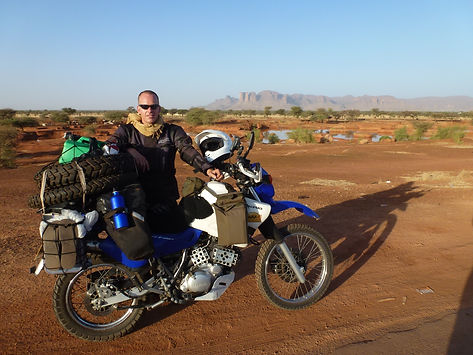 Steve Bike in Mali.jpg