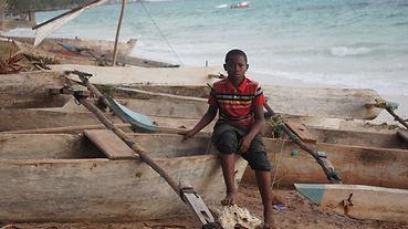 2014 kizimkazi boat boy.jpg