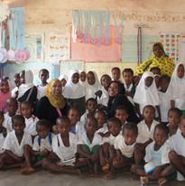 2014 kizimkazi volunteering 16.jpg