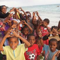 2014 kizimkazi volunteering 20.jpg
