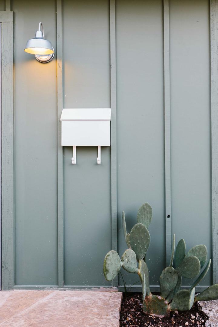 Caban Entrance Mailbox.jpg
