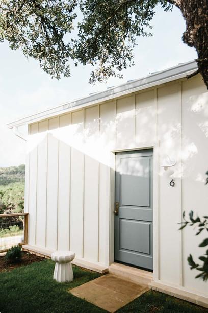 Cottage 6 Entrance.jpg