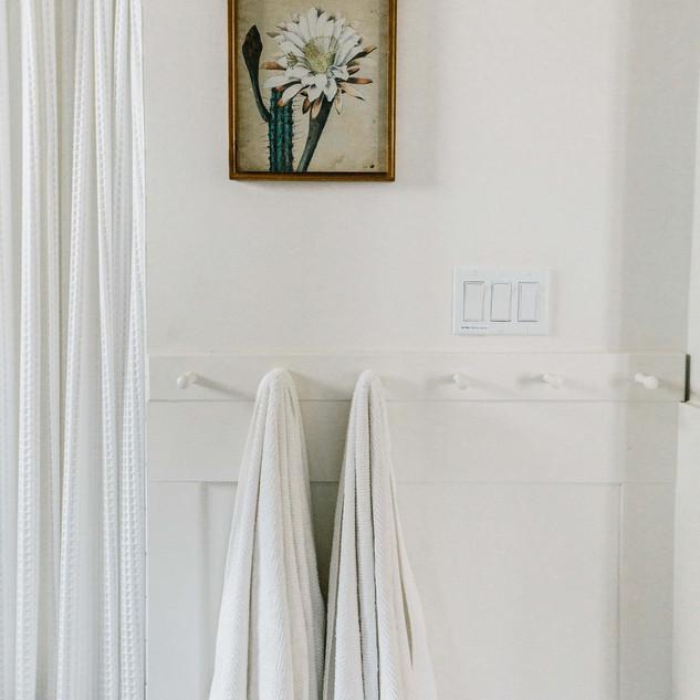 Cottage Three Bathroom.jpg