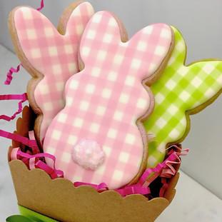 gingham bunny trio.jpeg