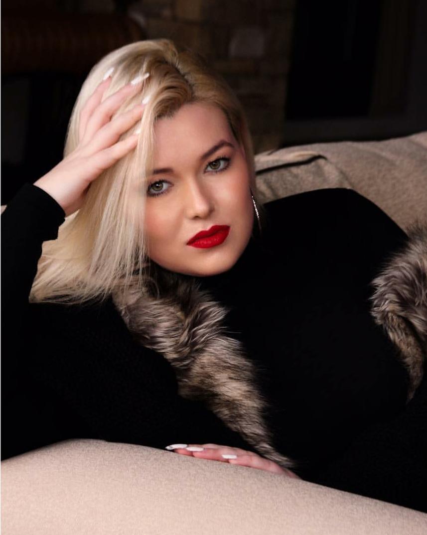 Singer_Songwriter_ Lauren Arp