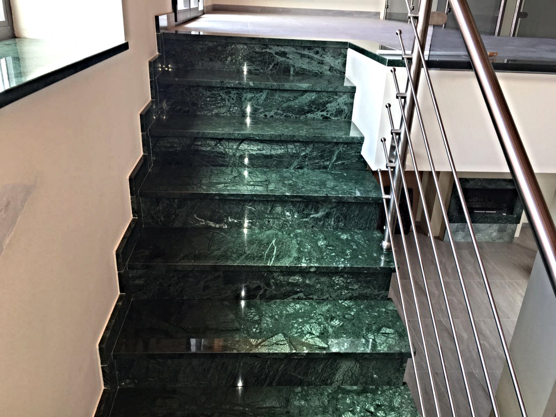 Scala di marmo Verde Guatemala