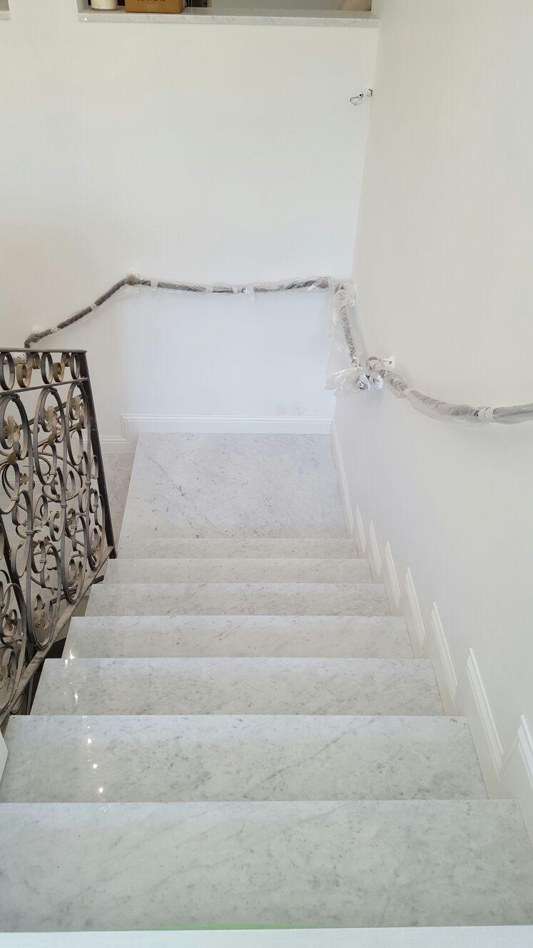Scala di marmo Bianco Carrara