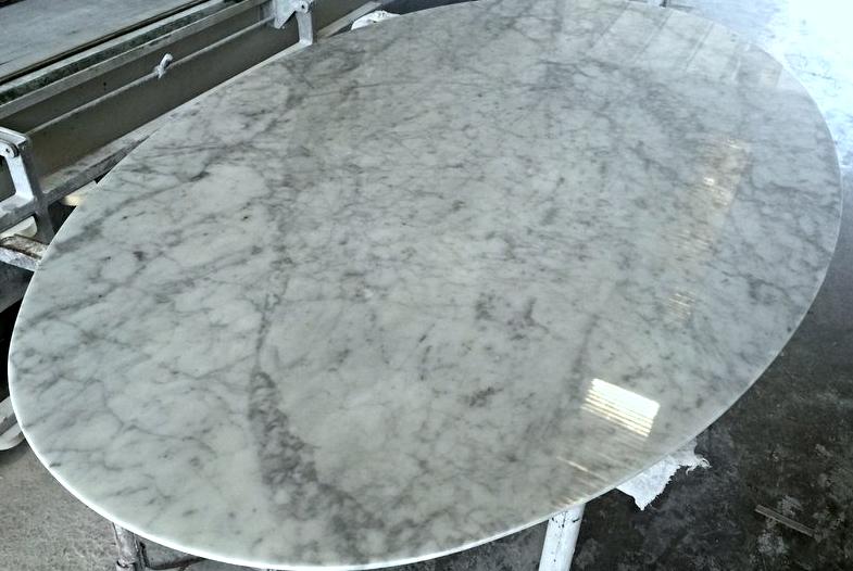 Tavolo da cucina in marmo