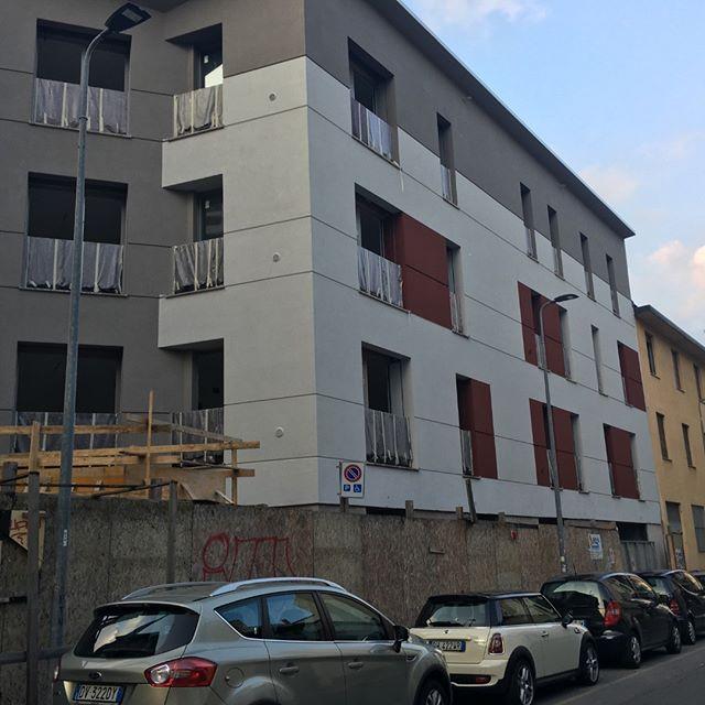 Fornitura edilizia esterna residenza nuova ALEARDO ALARDI MILANO  Ceppo dipoltragno