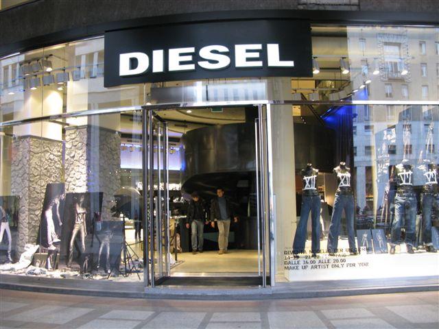 Diesel P.zza San Babila, Milano