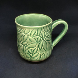 McIndooLAURA20_02-green-leaf-mug