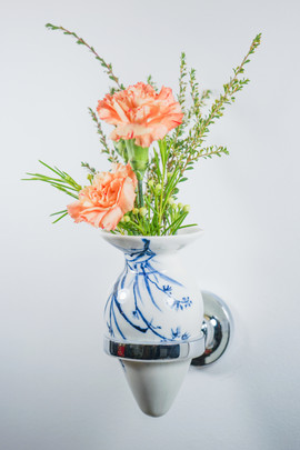 Not Buttplug/ Non-standable Vase, Four Gentlemen (Orchid)