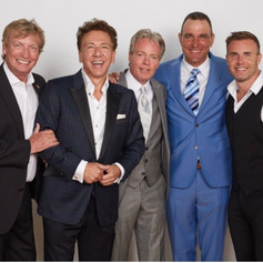 A group photo at Ross's wedding