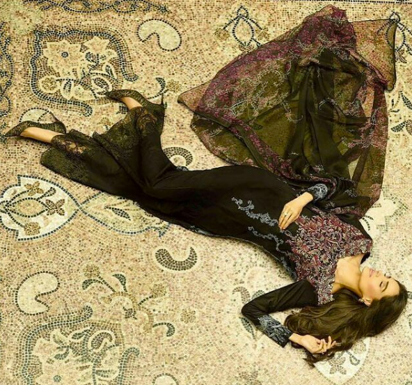 Photo-shoot for SS/16 Lawn Collection in collaboration with House of Ittehad (photo credit: Ather & Shahzad)