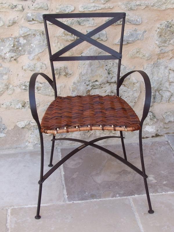 Chaise osier et métal