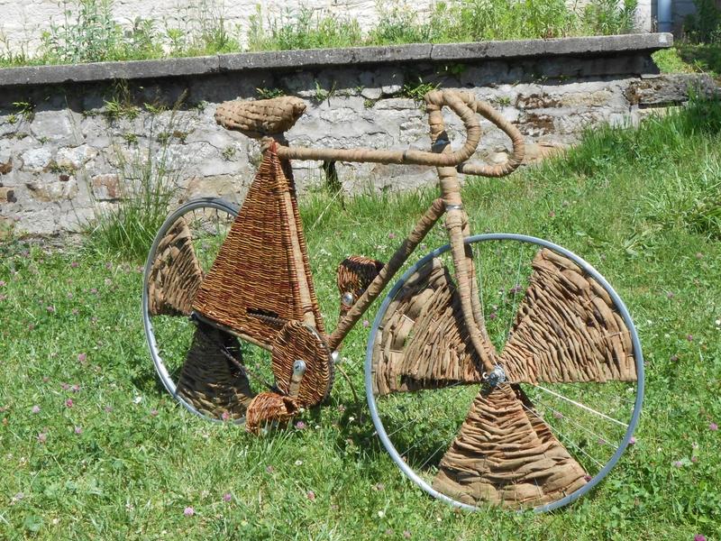 Vélo en peau d'osier