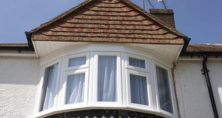 REHAU - Energy efficient uPVC bay window