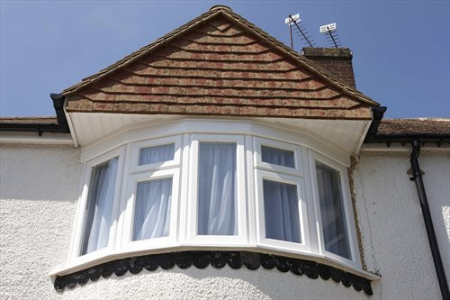 REHAU - Energy efficient uPVC bay window