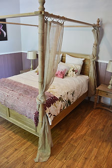 Walwa Cottage Main Bed