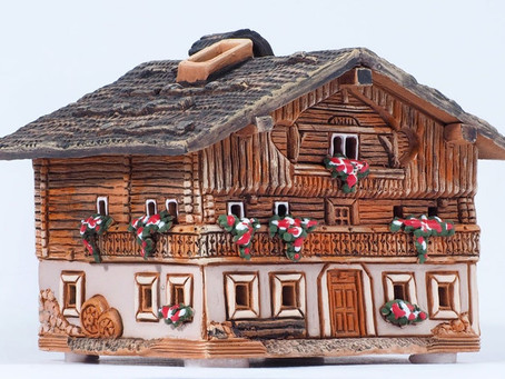 Replica Amazing ceramic replicas of real rural houses of a Lithuanian master