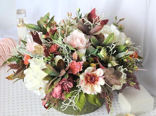 Цветы в подарок,купить цветы ручной работы, цветочная композиция.