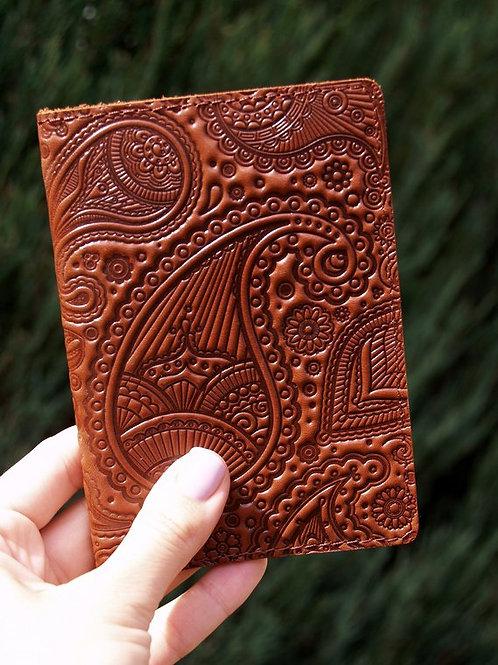 купить обложку на паспорт ручной работы из натуральной кожи, сделать подарок, где купить подарок, какой сделать подарок,