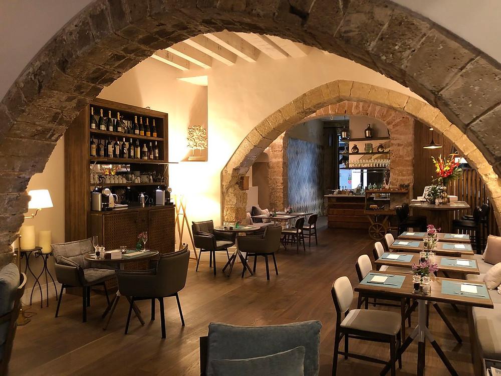 вино Испании , ресторан в Майорке,агентство OvLGroup,