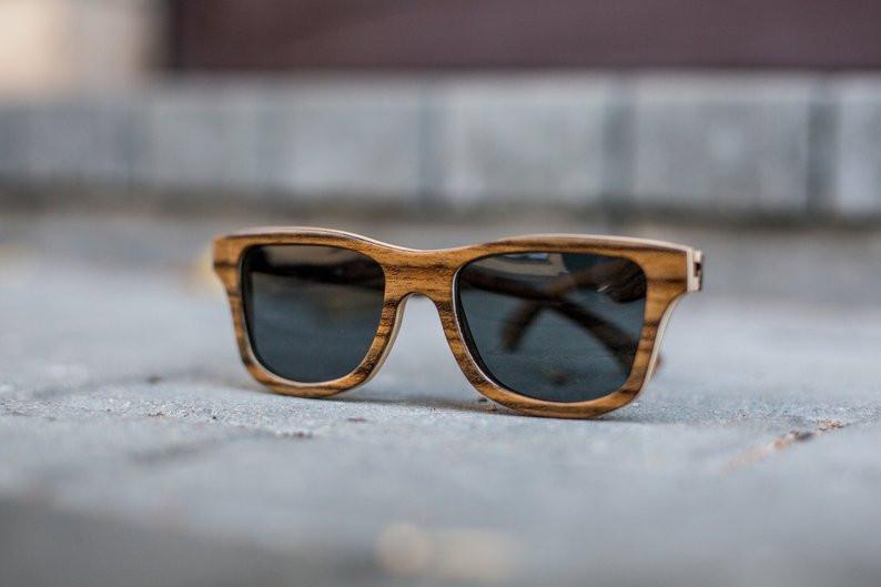 заказать солнцезащитные очки из дерева ручной работы, купить стильные очки в спб, где найти деревянные очки ручной работы, агентство OvLGroup,