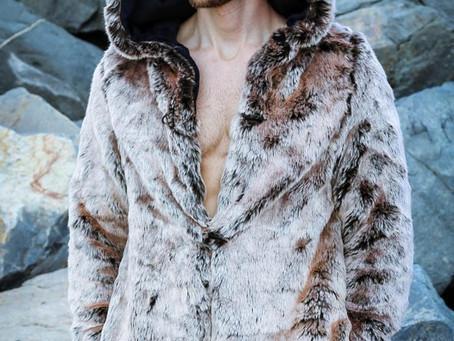 Чем можно  заменить  самую известную во всём мире куртку Аляска
