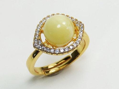 кольцо с янтарным шариком ручной работы от мастера из Литвы, что подарить девушке, что подарить маме, подарить жене,OvLGroup,