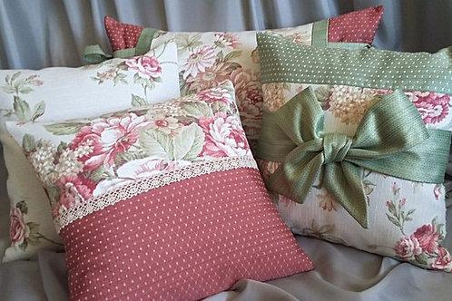 Эксклюзивные комплекты подушек в стиле прованс