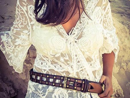 Кожаные ремни и аксессуары израильского мастера удивляют многих.