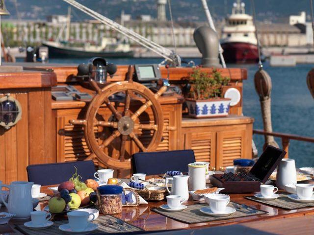 яхты, аренда яхты по всему миру, аренда яхты в Италии, OvLGroup,