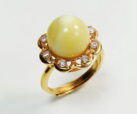 кольцо с янтарём и цирконием литовского мастера,OvLGroup,