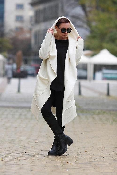 Шерстяное пальто женское   Ручная работа   Болгария